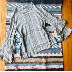 Pleione Nordstrom Plaid Bell Sleeve Top Size Large